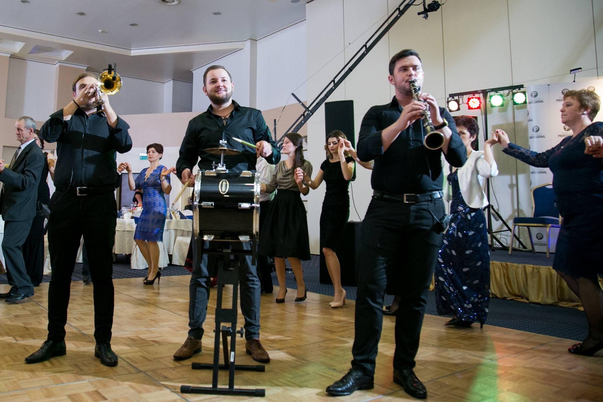 Geo Anița Formatia Professional Suceava Colaj Muzica Populara